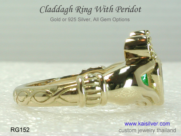 claddagh ring with stone peridot