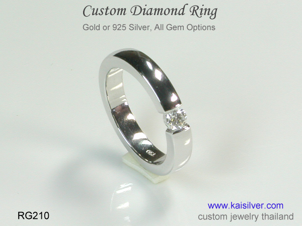 band ring with diamond silver or gold